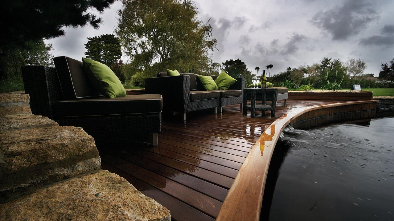 Decking-Guernsey-isole.del-canale